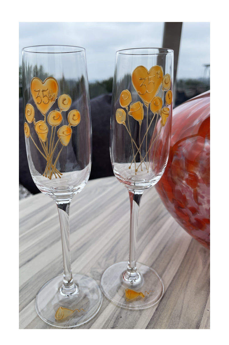 35th Wedding Anniversary Champagne Glasses Flower
