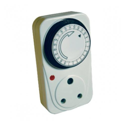 16A PLUG-IN TIMER