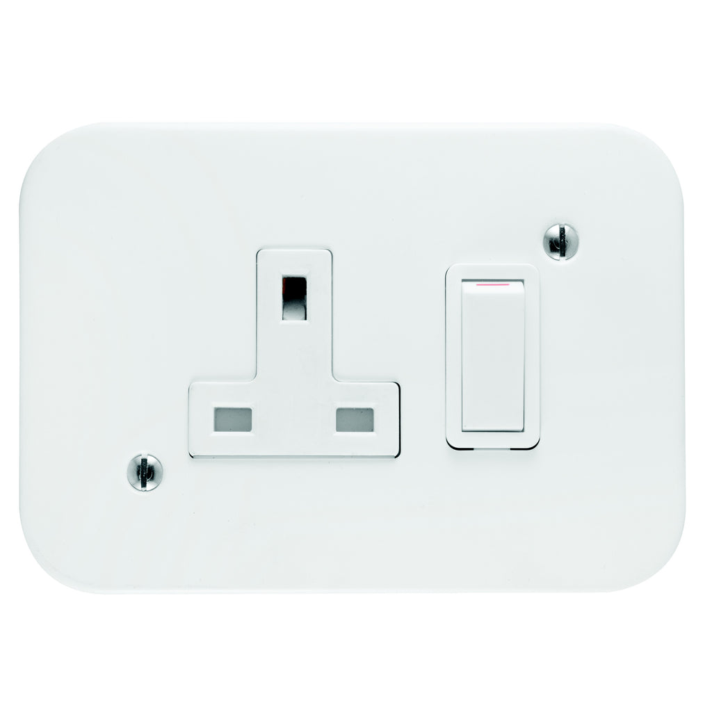 CRABTREE INDUSTRIAL 13A SINGLE SOCKET (EXPORT) + COVER 75X83