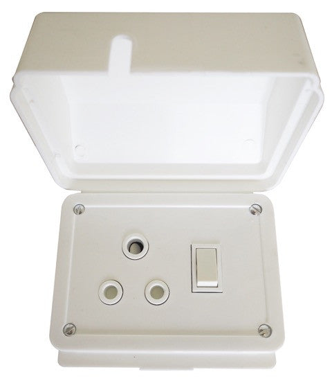 TITAN SINGLE WEATHERPROOF SWITCH SOCKET + COVER 75x75