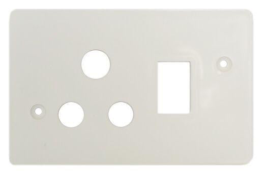 TITAN SINGLE SWITCH SOCKET PLASTIC COVER PLATE 4X2