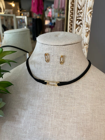 Gold Safety Pin Chocker Set