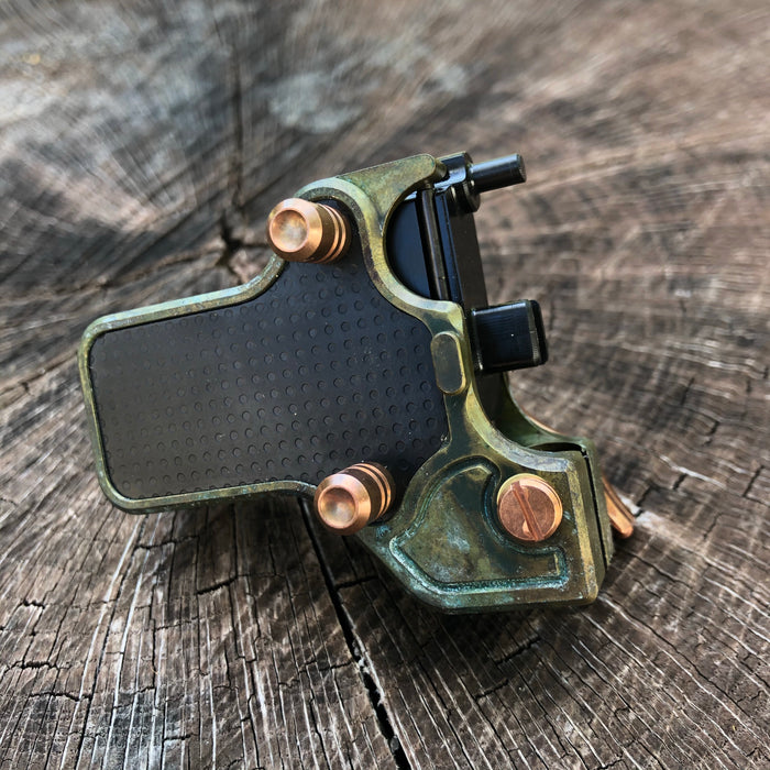Mojoslider - Patina w/ Black side plates