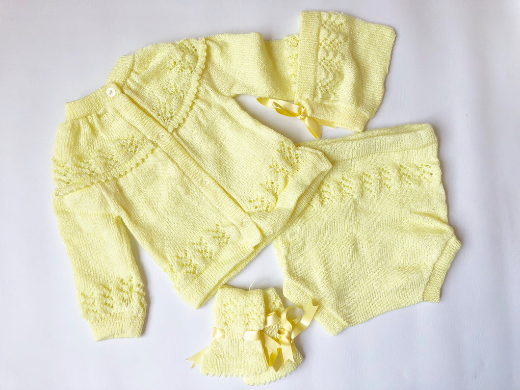 Yellow Sitter Set