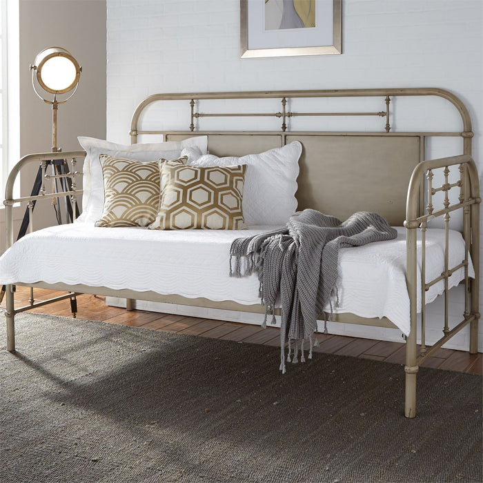 Liberty Furniture | Bedroom Twin Metal Day Bed With Trundle - Vintage Cream in Lynchburg, VA 6772