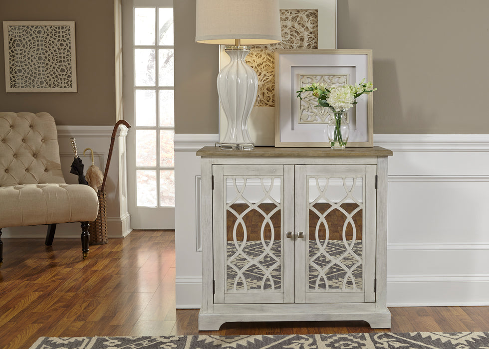 Liberty Furniture | Accents 2 Door Mirrored Accent Cabinet (2001-AC) in Richmond VA 627