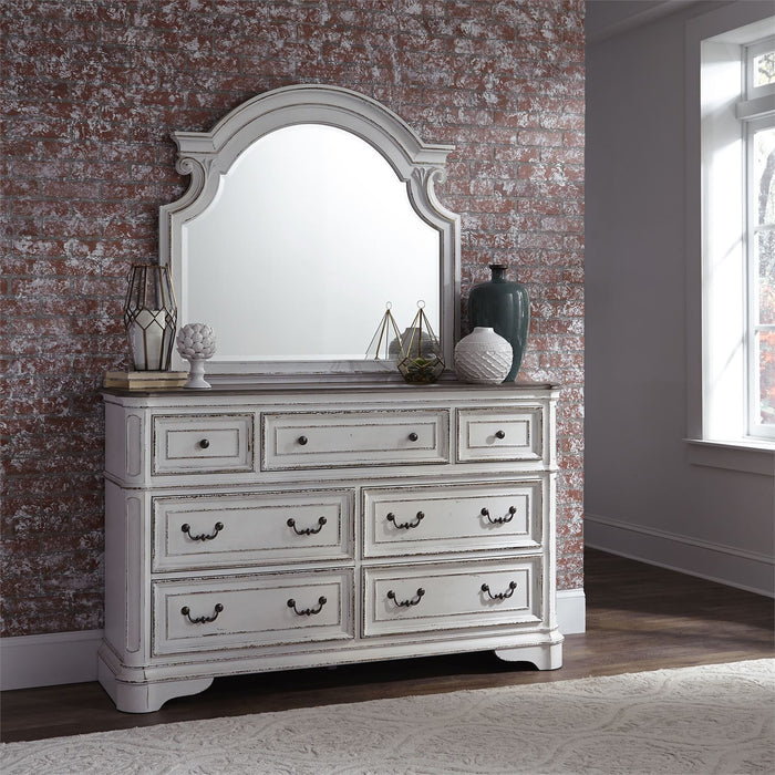Liberty Furniture | Bedroom King Uph Sleigh 5 Piece Bedroom Set in Pennsylvania 5880