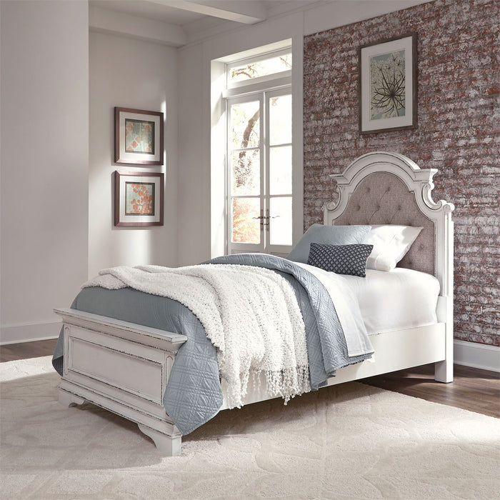 Liberty Furniture | Youth Bedroom Twin Upholstered Beds in Lynchburg, Virginia 4632