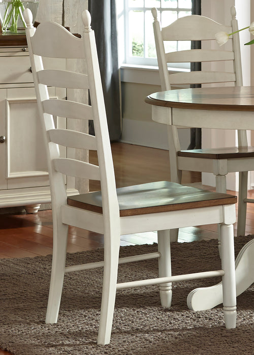 Liberty Furniture | Casual Dining Ladder Back Side Chairs in Richmond Virginia 367