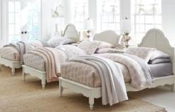 Inspirations by Wendy Bellissimo - Morning Mist Youth Bedroom Avalon Platform Bed Twin