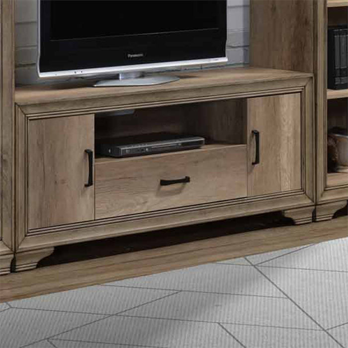 Liberty Furniture | Entertainment Center With Piers in Lynchburg, Virginia 7637