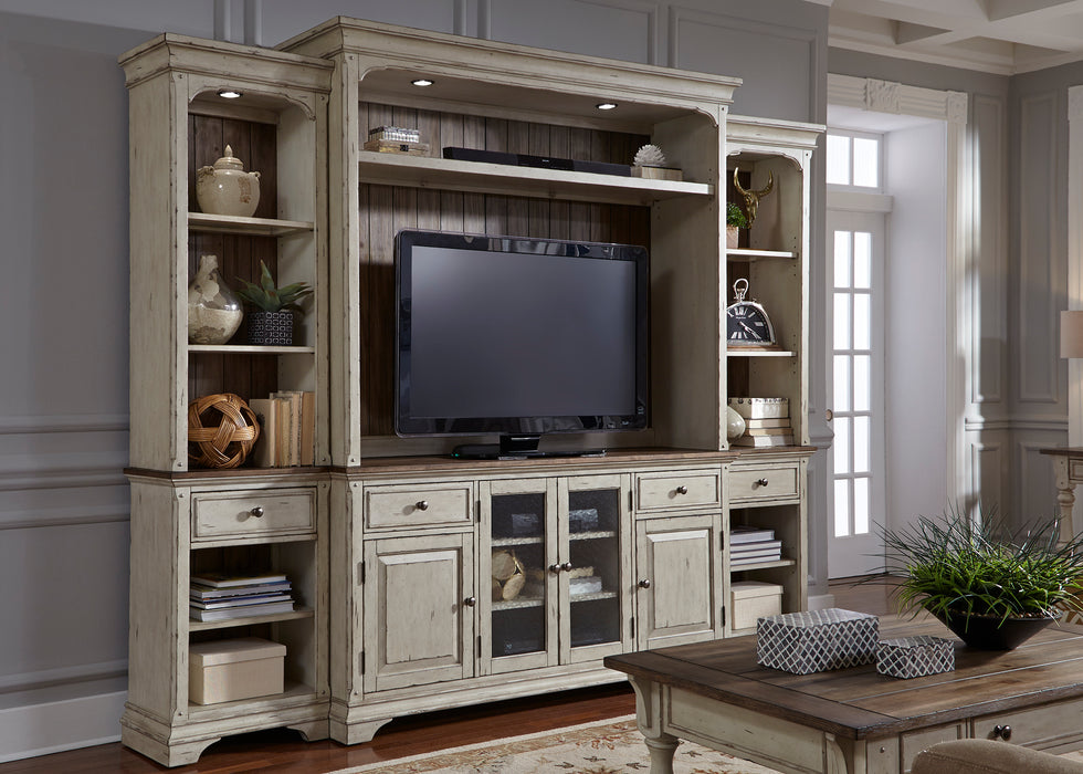 Liberty Furniture | Entertainment Center with Piers in Pennsylvania 81