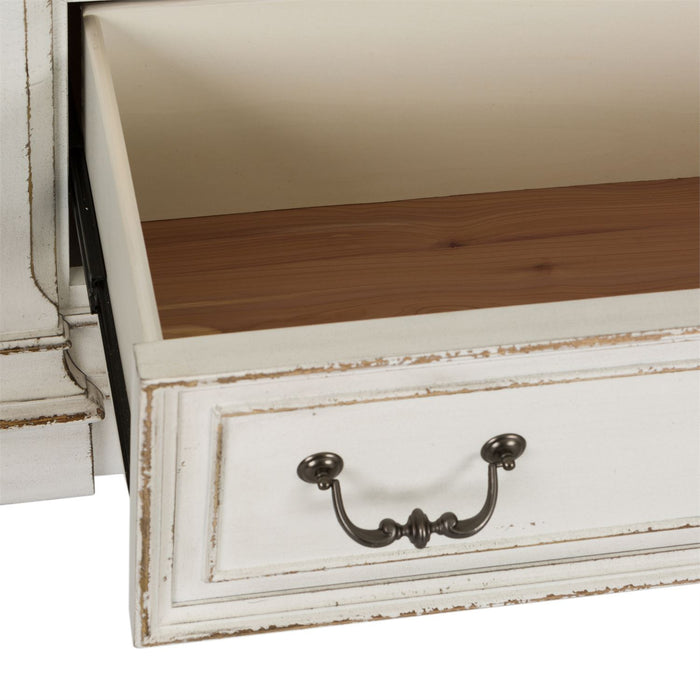 Liberty Furniture | Bedroom 7 Drawer Dressers in Charlottesville, Virginia 3029