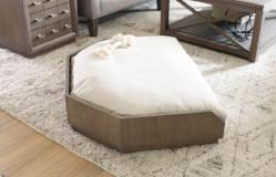 Legacy Classic Furniture | Accents Dog Bed in Winchester, Virginia 4542