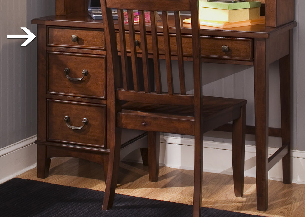 Liberty Furniture | Youth Student Desks And Hutches in Winchester, Virginia 1514