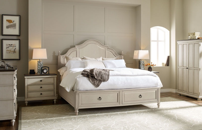 Brookhaven Bedroom King Panel Bed With Storage Footboard 3 Piece Bedroom Set in Pennsylvania 3012