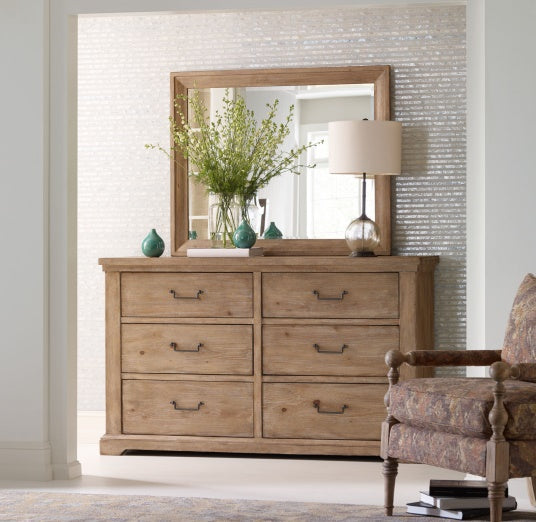 Legacy Classic Furniture | Bedroom Queen Uph Low Post 5 Piece Bedroom Set in Pennsylvania 7810