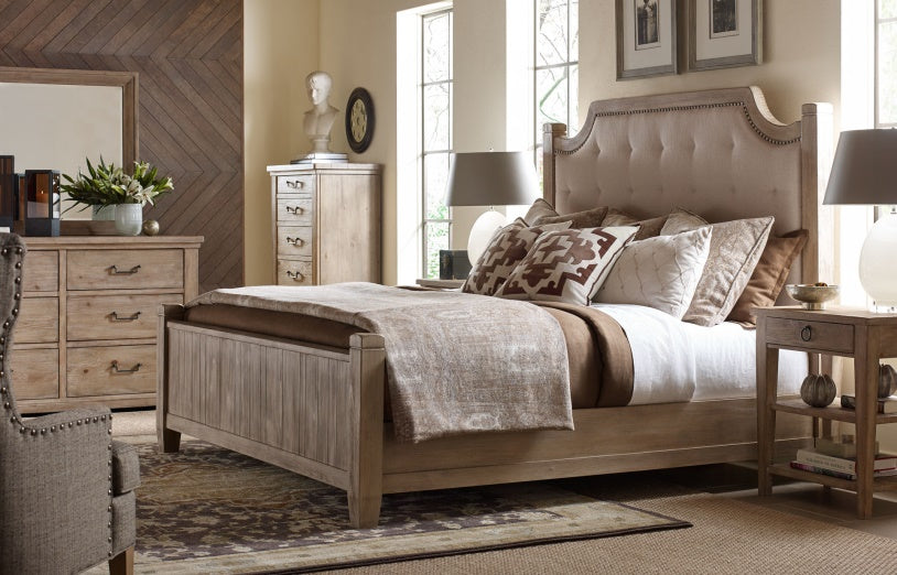 Legacy Classic Furniture | Bedroom Queen Uph Low Post 5 Piece Bedroom Set in Pennsylvania 7807