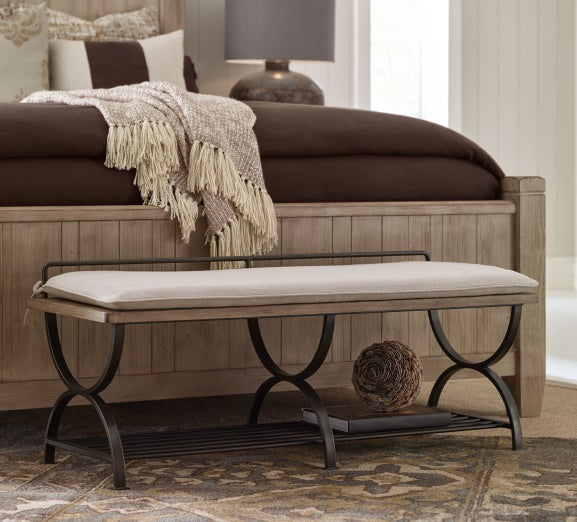 Legacy Classic Furniture | Bedroom Bed Bench/Luggage Rack in Winchester, Virginia 7581