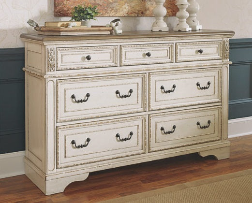 Ashley Furniture | Bedroom Queen Uph Panel 4 Piece Bedroom Set in Winchester, Virginia 8004