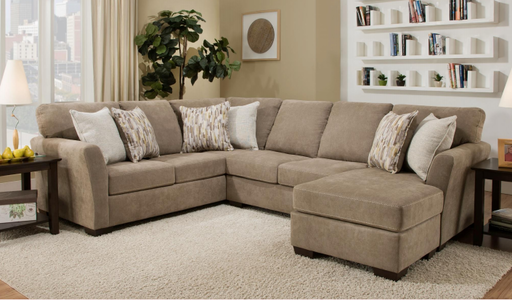 Lane Furniture | Living Sectional With Chaise in Lynchburg, Virginia 146