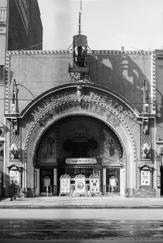 The Majestic Theatre (1910)
