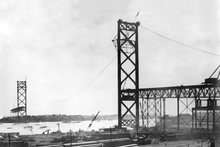Building of the Ambassador Bridge (1927)
