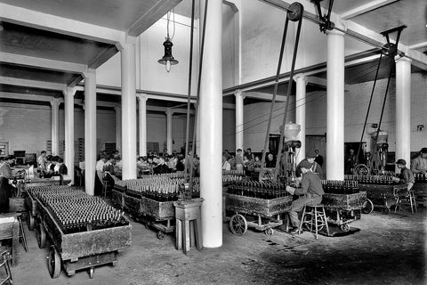 Canadian Club Filling & Labeling Room (1899) - Walkerville