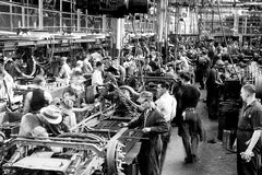 Ford Assembly Line (1940) - Ford City
