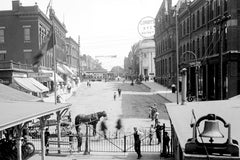 Ouellette Avenue & Riverside Drive (1910) - Downtown Windsor