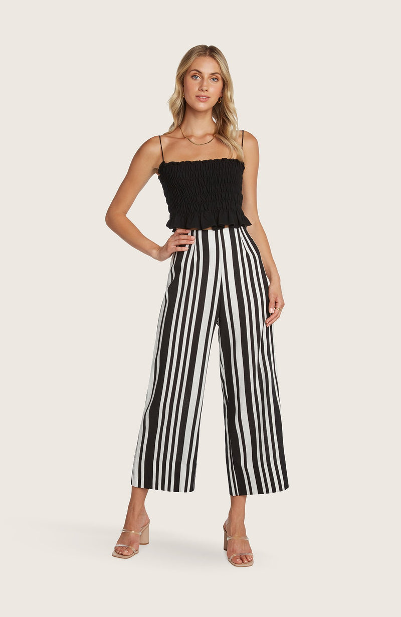 willow-Ramon-pants-wideleg-cropped-black-white-sand-striped-highwaisted-linen-lightweight-natural-travel-friendly
