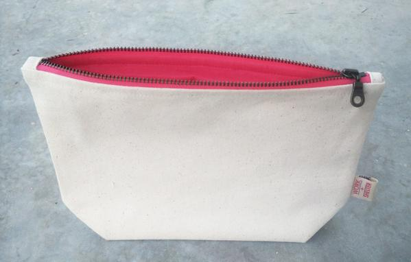 MAKE-UP BAG - Medium