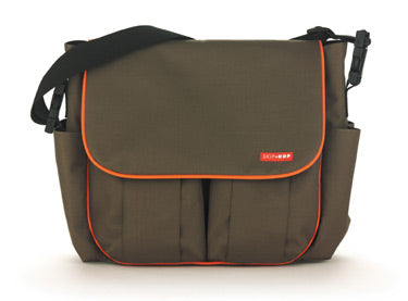 Skip Hop Dash Deluxe Edition in Olive