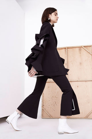 https://www.vogue.com/fashion-shows/resort-2018/ellery