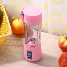 WEEKLY DEAL - USB Rechargeable Portable Electric Fruit Juicer Smoothie Maker