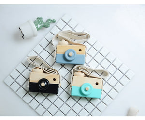 WEEKLY DEAL - Cute Wooden Camera