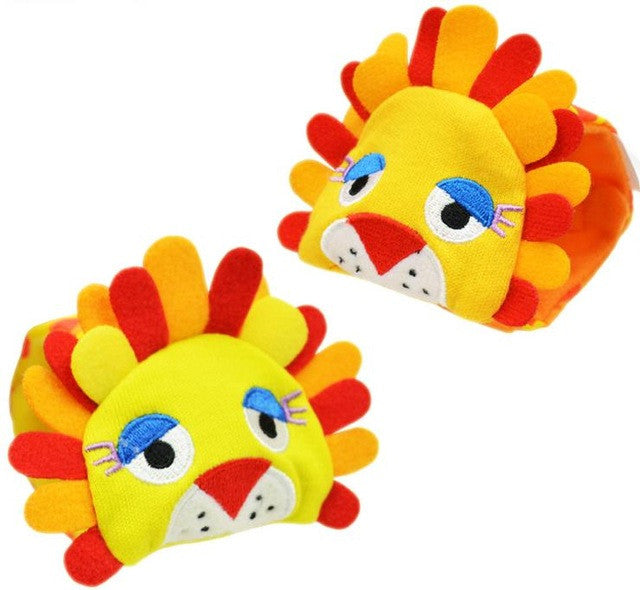 New A Pair Baby Infant Toy Soft Handbells Hand Wrist Strap Rattles/Animal Socks Foot Finders Stuffed Toys Christmas Gift