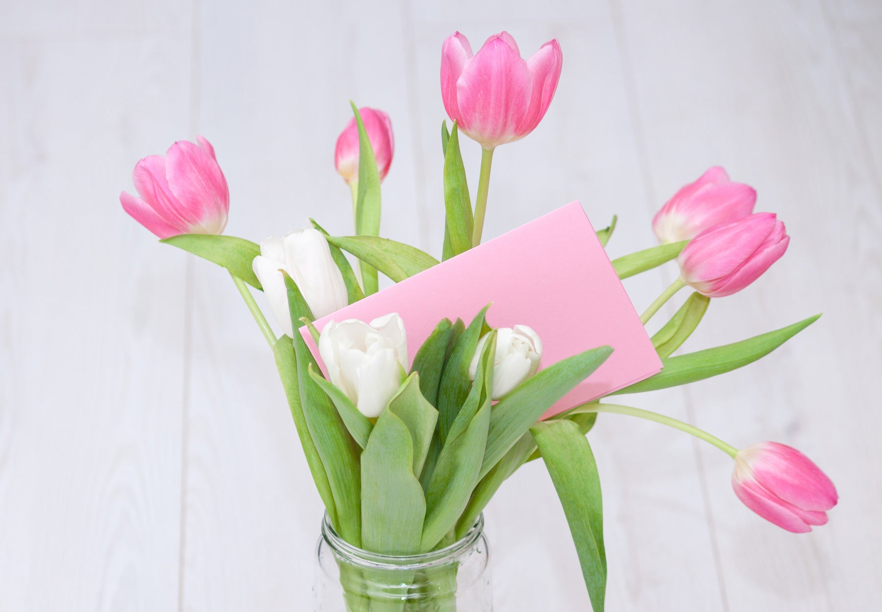 6 ways to pamper Mom this Mother's Day