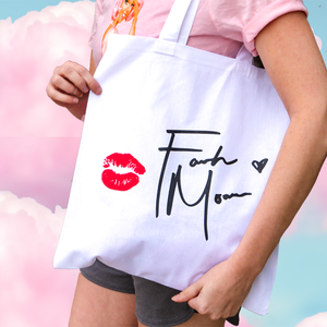 "Farrah ""Lips and Love"" Tote"