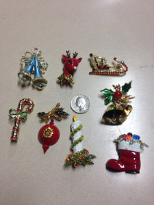 Lot of 20 Pieces of Costume Jewelry