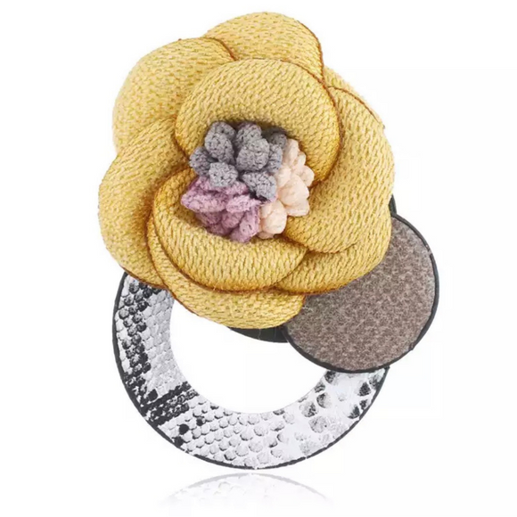 Snakeskin Round Floral Bouquet Brooch - FREEda Women NYC