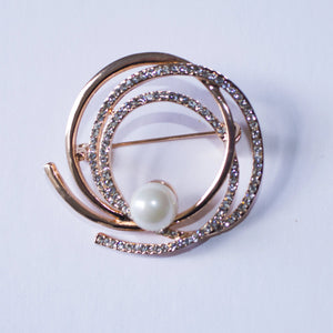 Round Gold-Toned Rhinestone Helix Brooch Pin with Faux Pearl - FREEda Women NYC