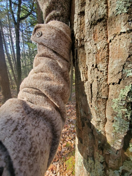 WeatherWool Advisor David Alexander is a professional Naturalist who provided us with several photos comparing Lynx Pattern to the bark of several different types of trees, including this Chestnut Oak