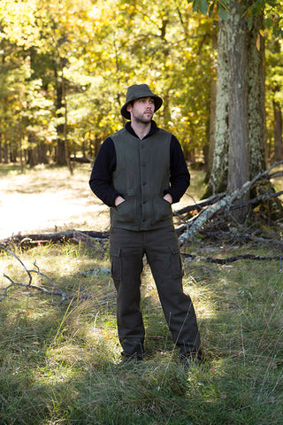 WeatherWool Advisor Chase Burnett in Drab Pants and Drab Walker Hat