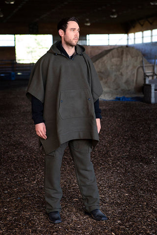 WeatherWool Advisor Chase Burnett in Drab Poncho and Pants