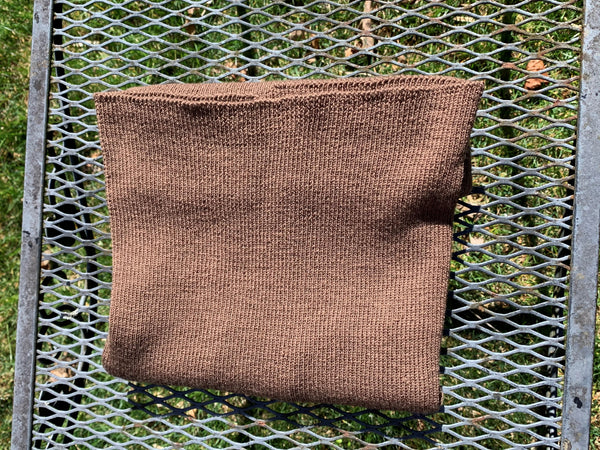 WeatherWool's Neck Gaiter, pure merino knitted wool, can be worn many different ways including Scarf, Balaclava, Watch Cap, Toque, Arm or Leg Warmer and ... Neck Gaiter. This page shows how to fold the Gaiter into a Voyageur-Style Toque