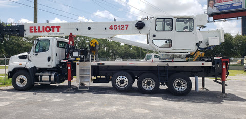 New Elliott  45127R  45 ton Boom Truck on A Freightliner 114SD SN: 00-7047