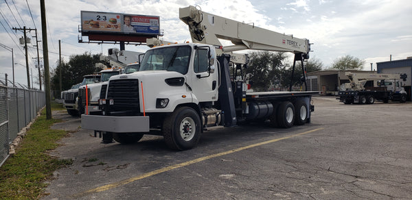 2019 Terex BT5092  Boom Truck on A 2020 Freightliner 108SD SN: 241355