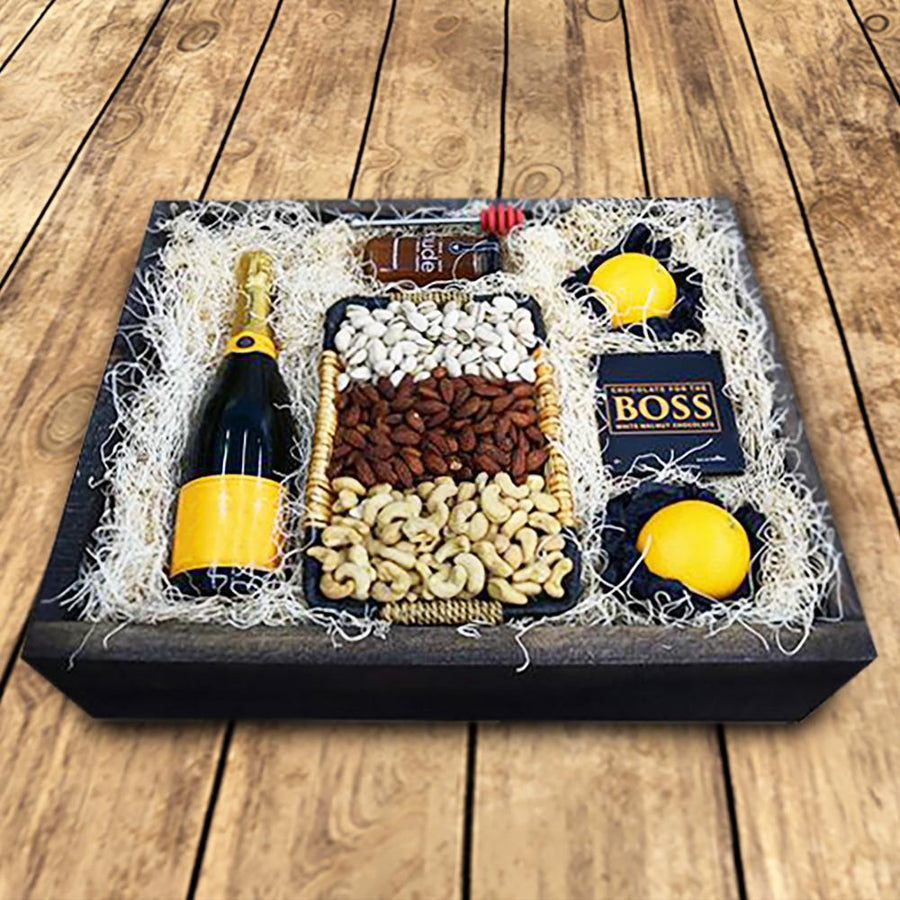 Gluten free gift baskets yorkvilles usa champagne delivery is made easy with yorkvilles gift baskets send this champagne gift basket to negle Choice Image