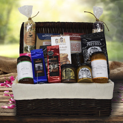 Sweet and Spicy Picnic Basket